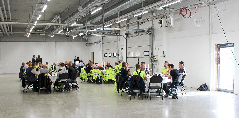 Byggfrukost hos E2C under arbetet med Netonnets nya lokaler i Norrköping